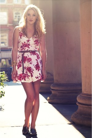 silver vintage shoes - red floral skater new look dress