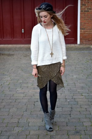 cream new look jumper - gray Ella Tino boots - bronze TFNC LONDON dress