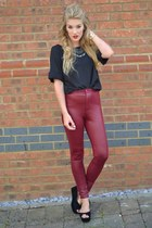 black own the runway shoes - maroon own the runway leggings