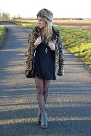 light brown new look coat - gray Ella Tino boots - black Madam Rage dress