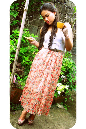 white maldita blouse - salmon floral maxi coco cabana skirt - pink floral Foreve