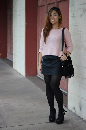 black Nasty Gal bag - bubble gum Forever 21 sweater - black Forever 21 skirt