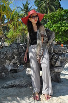 red random from Palawan hat - heather gray thrifted pants - black random top