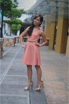 gold Forever 21 heels - light pink SM GTW dress - gold Forever 21 earrings