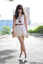 eggshell thrifted dress - brown Celine belt - white rome pumps