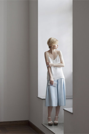 off white Mango blouse - sky blue Lous pants - off white River Island sandals