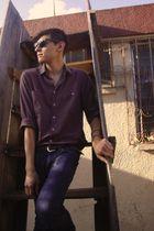 brown belt - gray shirt - blue Zara jeans