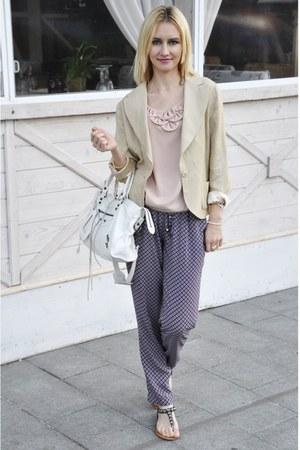 Sultanna Frantsuzova blazer - balenciaga bag - Zara pants
