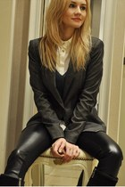 Massimo Dutti blouse - Zara blazer - Zara pants - Masimo Dutti sweatshirt