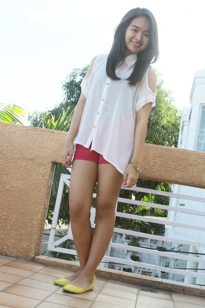 SuperSaleBazaar top - Forever 21 shorts