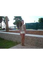 burnt orange Dandara blouse - white jeans Lee Cooper shorts