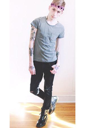 black Dr Martens boots - black H&M jeans - silver H&M t-shirt