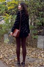 Black-blazer-light-brown-shirt-dark-brown-tights