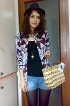 brown trifted basket bag - brown floral paisley Tommy Hilfiger shirt