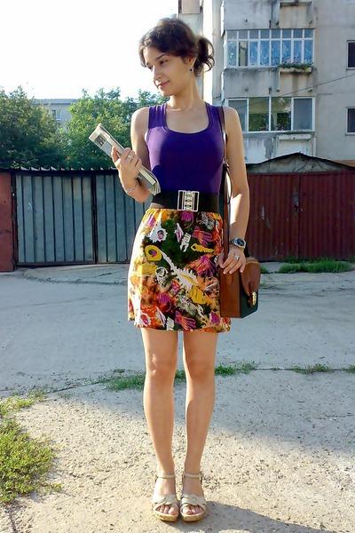 purple Atmosphere top - brown Pigeon purse - brown belt - gold trifted skirt