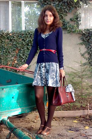 gray dress - blue cardigan - red belt - brown purse - brown tights -
