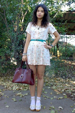 peach thrifted floral dress - crimson vintage purse - teal thrifted belt