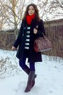 Sweater-black-coat-navy-leggings-ruby-red-scarf-crimson-purse-silver