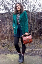 brick red vintage Marc Chantal purse - forest green trifted velvet blazer