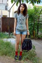 black leather oxford Fabio Lenzi shoes - black bag - blue denim shorts