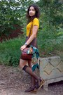Teal-thrifted-scarf-brick-red-vintage-marc-chantal-purse