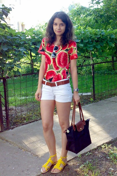 white shorts - yellow leather Poisson Concept shoes - shirt