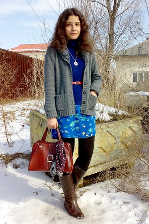 blue dress - navy turtleneck sweater - brick red purse - silver necklace
