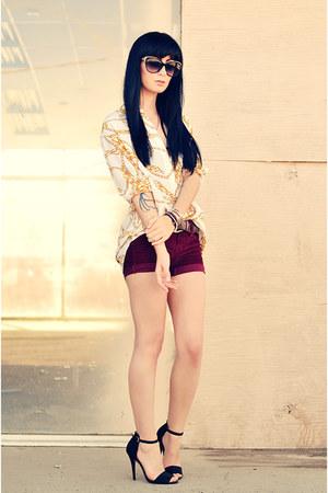 Equipment blouse - IVI sunglasses - Zara heels