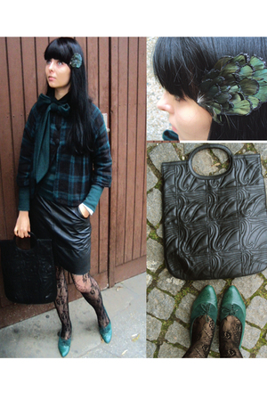 black H&amp;M stockings - green Stradivarius jacket - black vintage skirt - green br