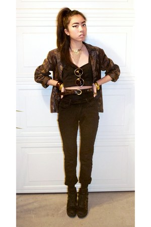 vintage jacket - vintage necklace - brandy melville top