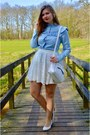 Sky-blue-denim-shirt-white-purse-white-lace-skirt-white-pumps