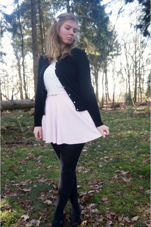 white sweater - black cardigan - light pink skirt - black pumps - white belt