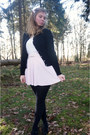 White-sweater-light-pink-skirt-black-cardigan-black-pumps-white-belt