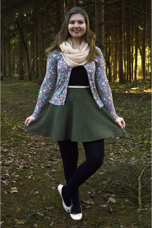 olive green floral cardigan - light pink scarf - dark green skirt - black top