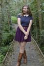 Brown-boots-navy-top-magenta-skirt-brown-belt