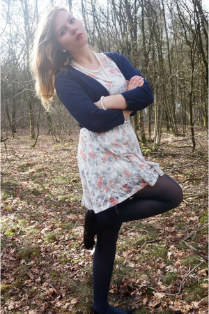 white floral dress - navy tights - navy cardigan - black flats - white necklace