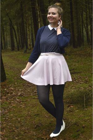 navy tights - navy top - light pink skirt - navy cardigan - ivory heels