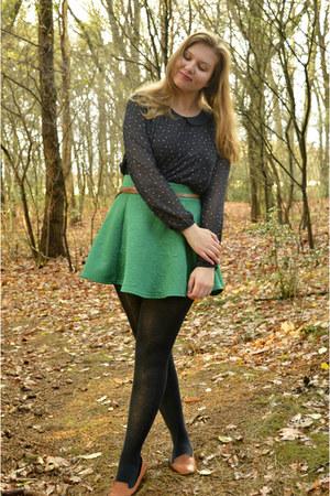 navy heart blouse - navy tights - green skirt - bronze belt - bronze loafers