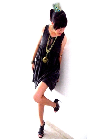none accessories - Local store dress - thrifted shoes - flea market necklace