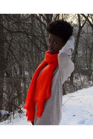 carrot orange H&M scarf - tan New Yorker sweater
