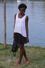 Ljr-t-shirt-marisa-skirt