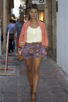 Zara jacket - Uterqe bag - H&M shorts - Celine glasses - Zara belt - Zara heels
