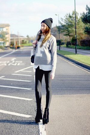 Hidden Fashion boots - Primark hat - Missguided leggings