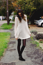 oversized Miss Luxe sweater - studded Miss Luxe boots