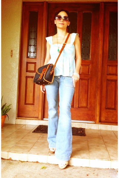light blue denim jeans - navy dooney bourke purse