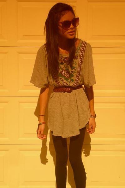 Zara top - borrowed belt - idk leggings
