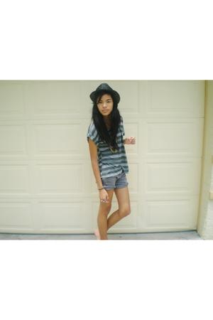 Zara hat - Zara shorts - urbanoutfitters shirt