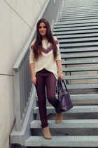 beige Lefties sweater - beige Zara boots - maroon Stradivarius pants