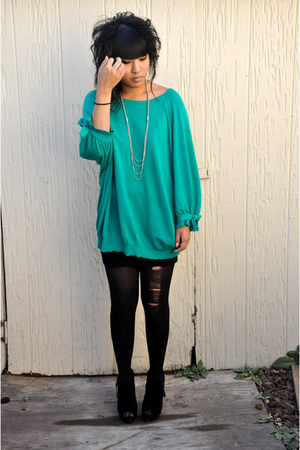 vintage sweater - H&M skirt - Bakers - f21 necklace