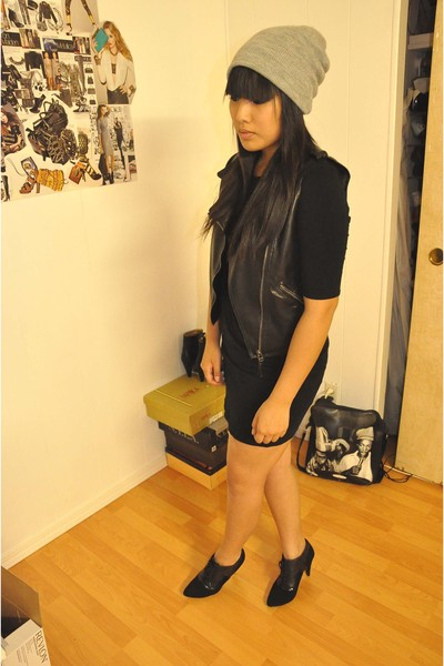 H&M accessories - Target vest - H&M skirt - H&M boots